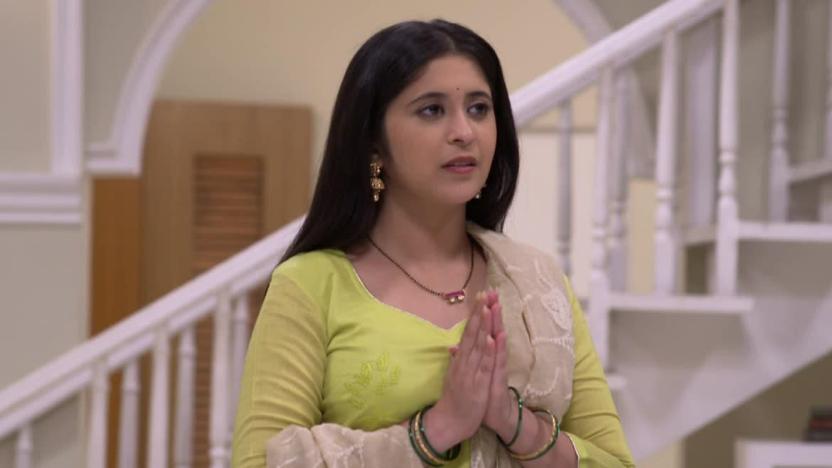 Vikrant stumbles upon Rajnandini's book and Dadasaheb's pen - Tula Pahate Re