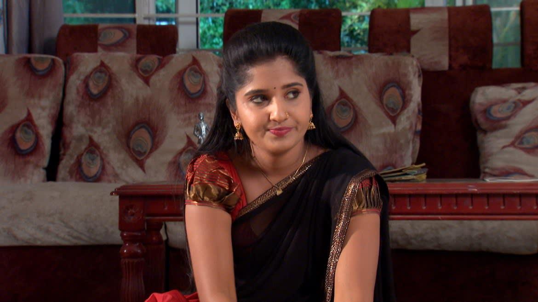 Aditya receives a threat call - Raktha Sambandham