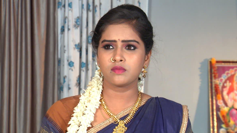 Krishnaprasad suspects Durga - Raktha Sambandham