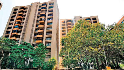 Ahmedabad: Strict action on NOC issue, West Zone Estate Department seals more units