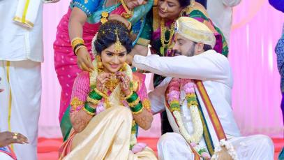 Anu's 'Saptapadi' Ritual Begins