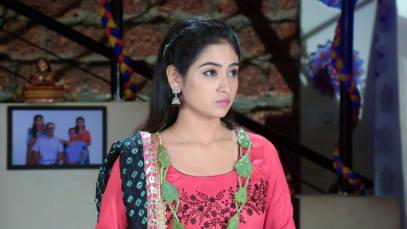 Durga To Help Leela Cancel the Wedding