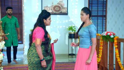 Akhila Gives Hanumanth an Important Task