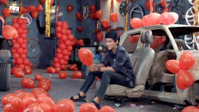 Sathya Daydreams about Karthik