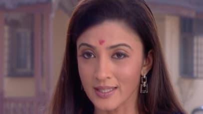 Yahaan Main Ghar Ghar Kheli S1 - Episode 16