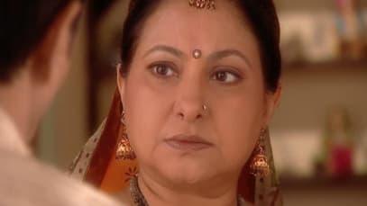 Yahaan Main Ghar Ghar Kheli S1 - Episode 24