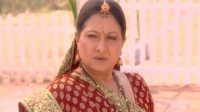 Yahaan Main Ghar Ghar Kheli S1 - Episode 20