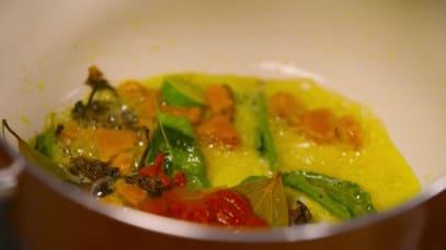 Gautam and Ranveer at Ratan Bhuvan Palace - Food Tripping