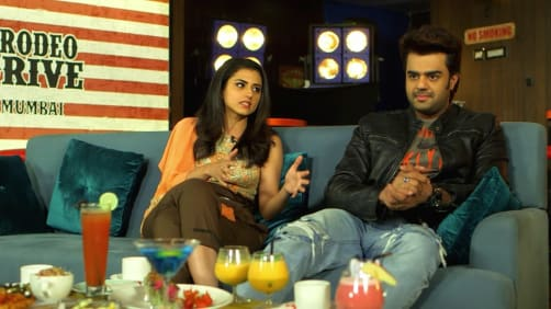 The School Pals; Ridhi Dogra, Manish Paul and Sehban - A Table For Two