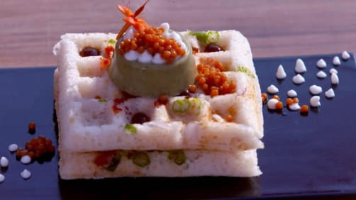 Episode 21 - Chola Hummus Bhatura Pita, Fruit Granola Bar and Khichu - Femme Foodies