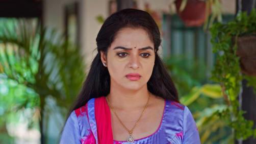 Pinky Asks Vasundhara to Get Married