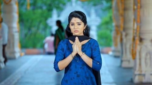 Aryavardhan-Anu Seek Subbu's Blessing