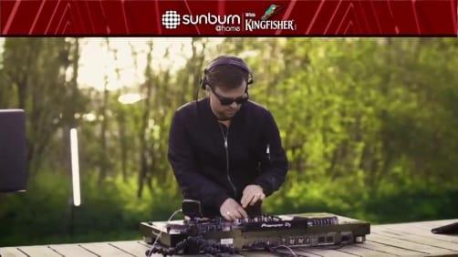 Marc Volt - Sunburn at Home