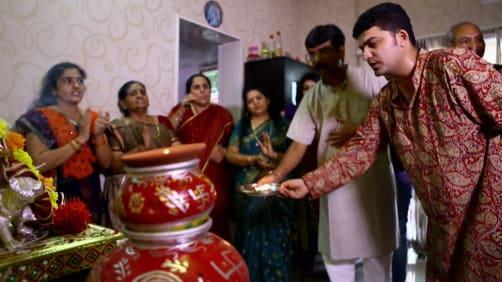 Danny celebrates Navaratri - Spirit of India - The Festivals
