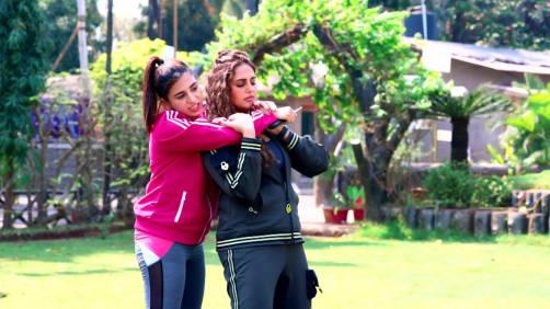 Huma Learns Self-Defence