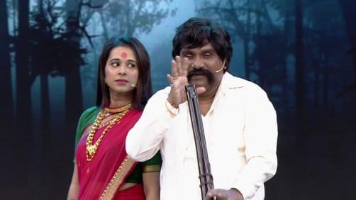The Thukaratwadikars meet Anna - Chala Hava Yeu Dya - Utsav Hasyacha